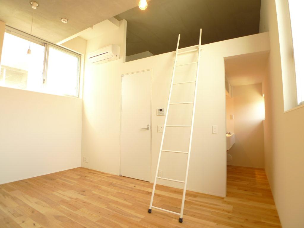 デザイナーズマンションのロフトのはしごは細い