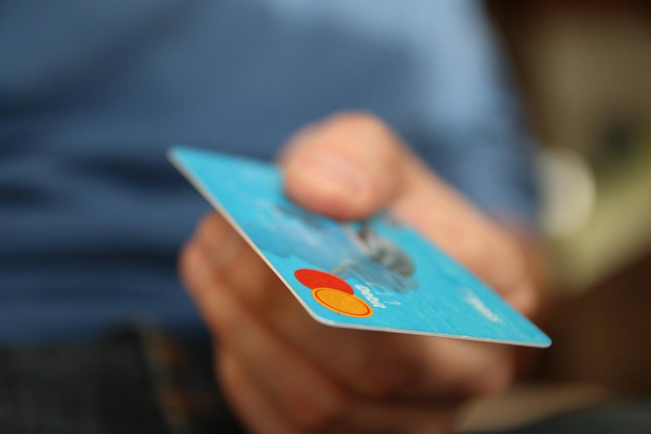 クレジットカードで初期費用を支払い可